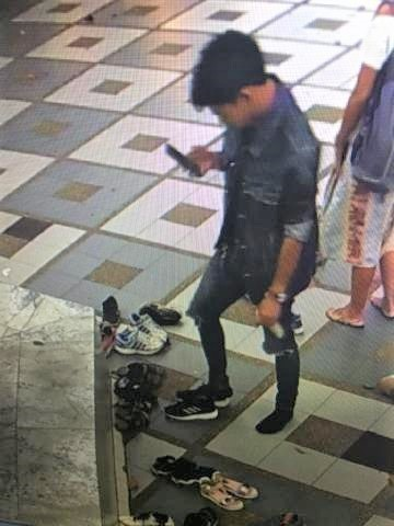 pict-on CCTV stealing shoes..jpg